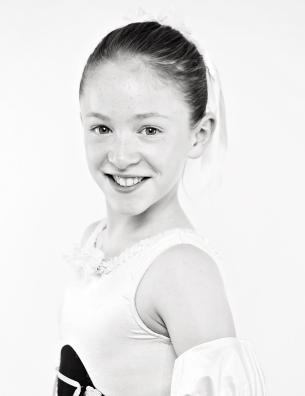 Anya steps out with Scottish Ballet!